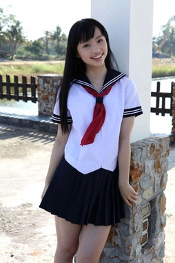 Cute chinese Seina Tsurumaki teen..