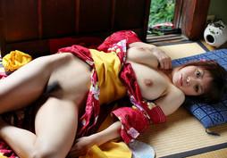 Busty japanese pornstar Aikawa Miu..