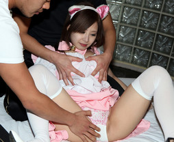 Young japanese cosplay girl gangbanged..