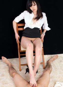 Japanese Feet and Cum, handjob images